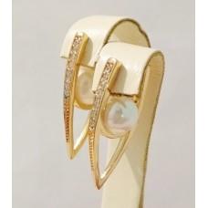 Сережки Алмазні стрілки з білим жемчугом та фіанітами, розмір 31х9 мм, позолота 18К