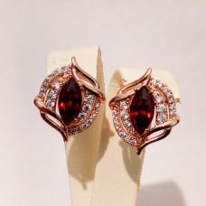 Сережки Луіза, розмір 19*15 мм, бордовий цирконій, позолота РВ
