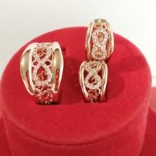 Набор Бесконечность кольцо размер 18 + серьги 15*9 мм, белые камни, позолота РО